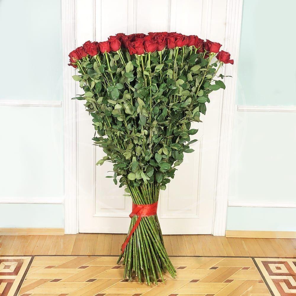 Букет 101 красная роза высотой 160см