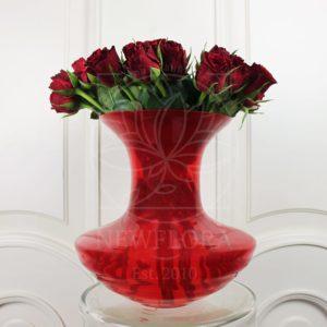 Красные вазы настольные