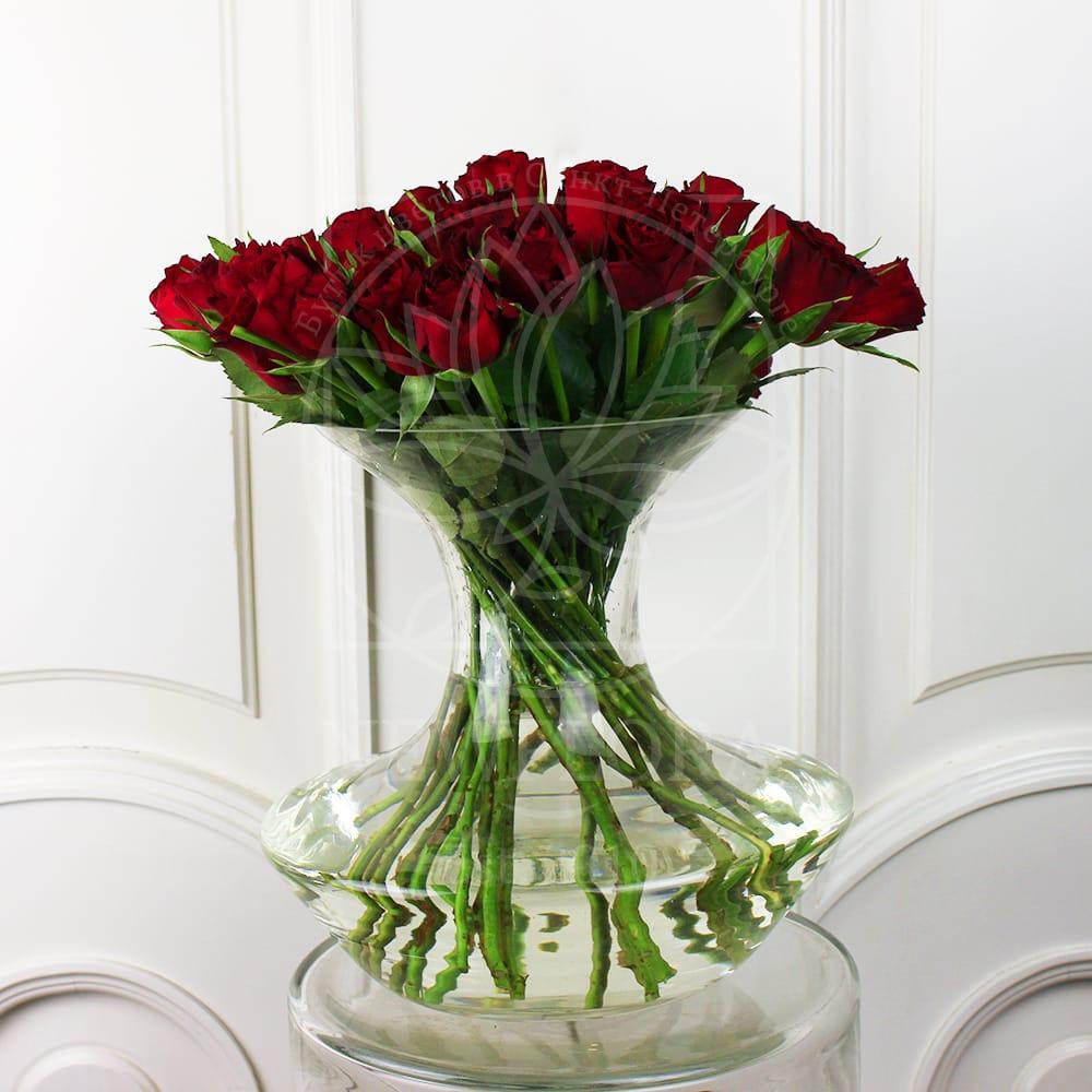 Прозрачные вазы настольные