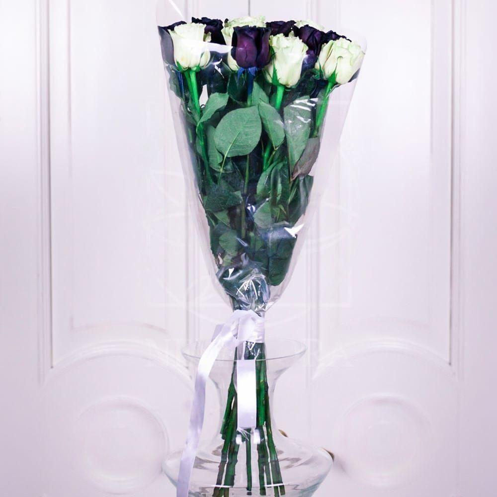 Букет 19 роз черные с белыми