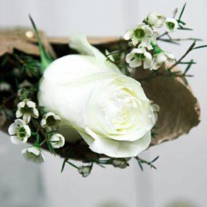 1 белая роза с оформлением и сердечком из латуни (Italy, Stilars est.1972)