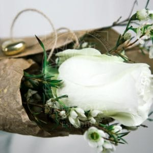 1 белая роза с оформлением и кулон-сердечко из латуни (Italy, Stilars est.1972)