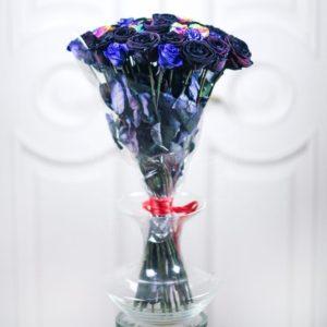 Букет 31 роза синяя черная радужная