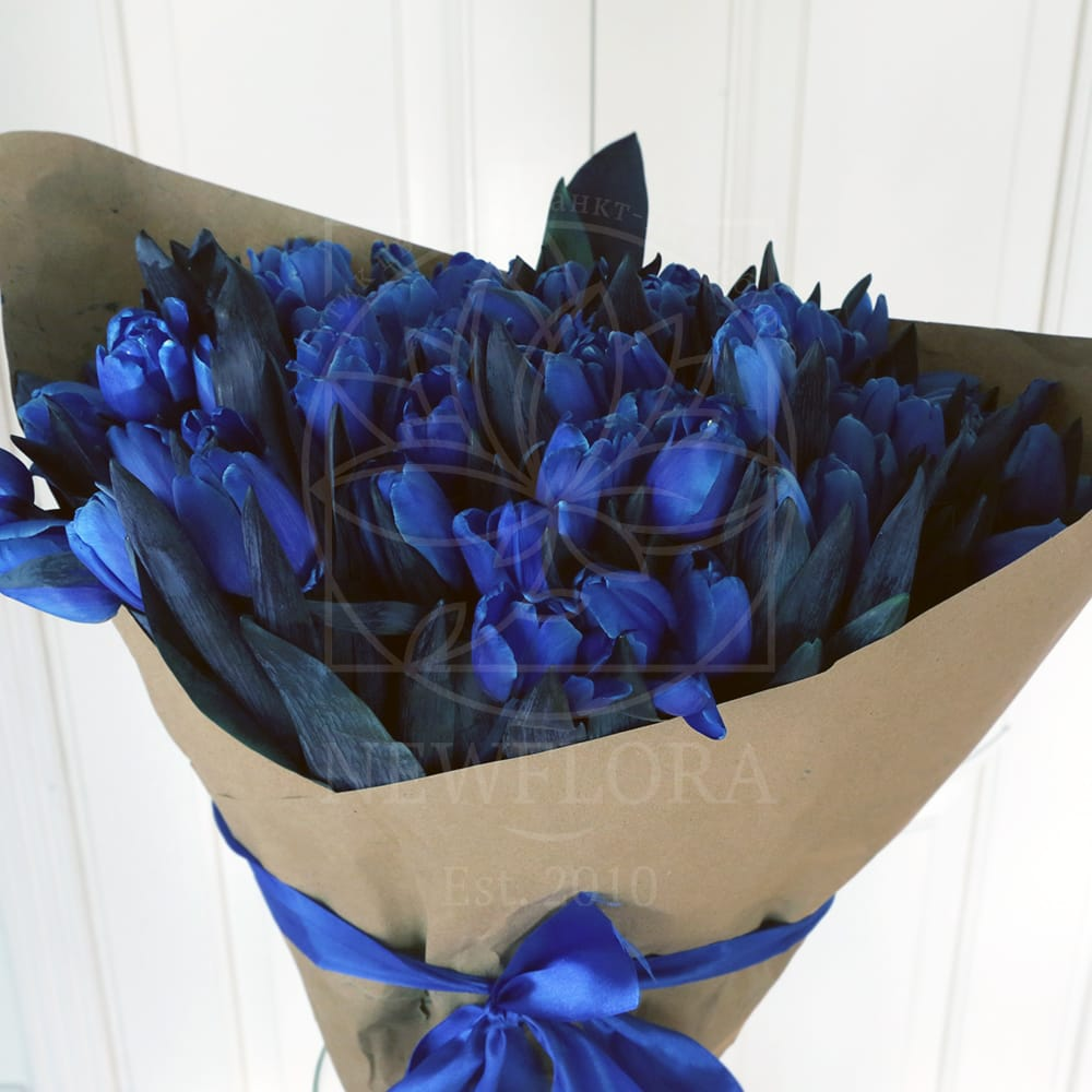 Букет 101 синий тюльпан