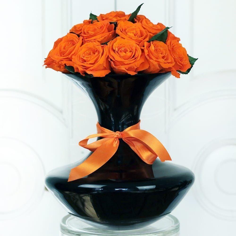 21 стабилизированная роза в вазе