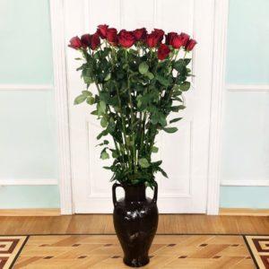 Букет 25 красных роз высотой 150см