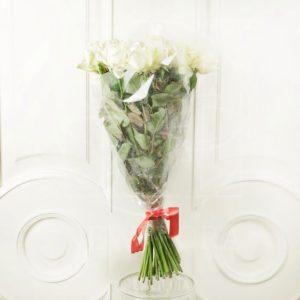 Букет 25 белых снежных роз