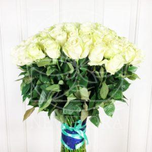 Букет 101 белая роза высотой 100см
