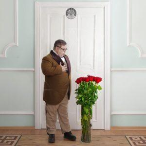 Красные розы высотой 100см поштучно
