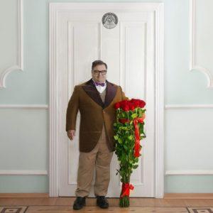 Букет 25 красных роз высотой 120см