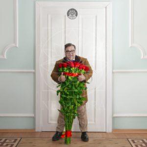 Красные розы высотой 130см поштучно