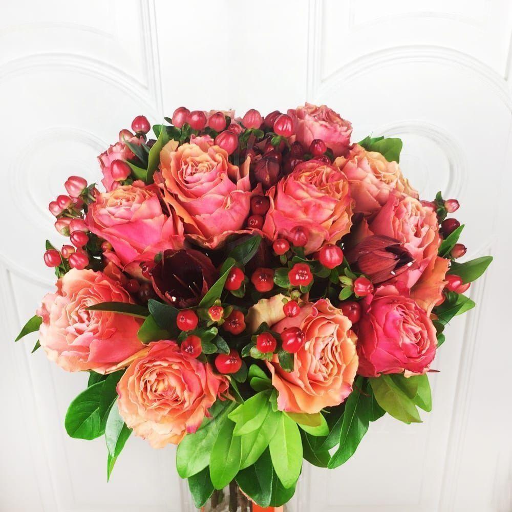 Букет французские роз с доставкой спб