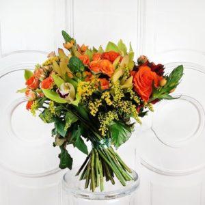 Букет в Американском стиле с орхидеями, розами и орнитогалум