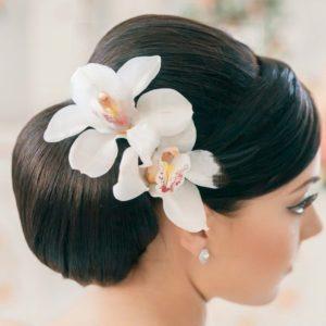 Украшение волос заколка из живых цветов с орхидеями цимбидиум