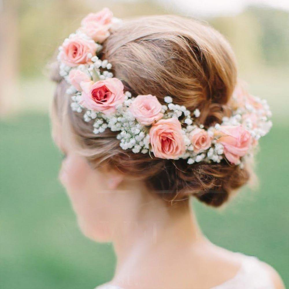 Украшение волос заколка из живых цветов с гипсофилой и кустовыми розами