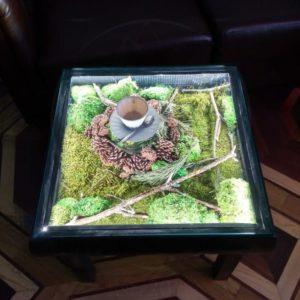 Журнальный столик «лес» с мхом, шишкам и подсветкой 55×55см