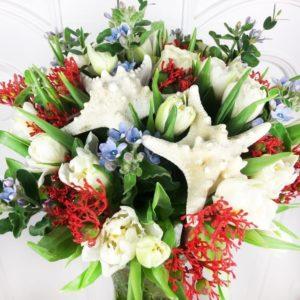 Букет 21 тюльпан с незабудками\оксипеталум