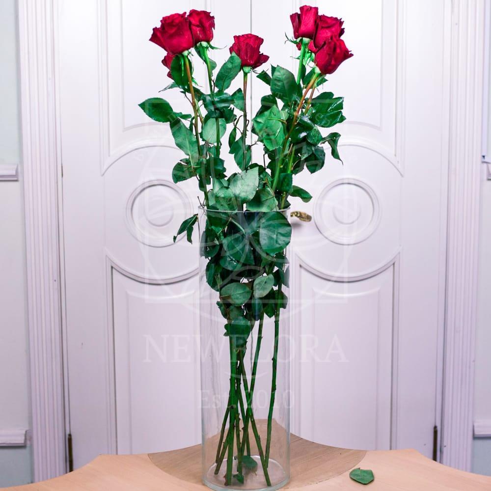 Стеклянная ваза высотой 70см