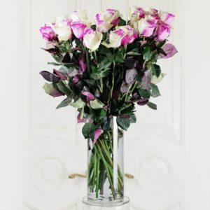 25 бело-розовых роз (Premium) в вазе
