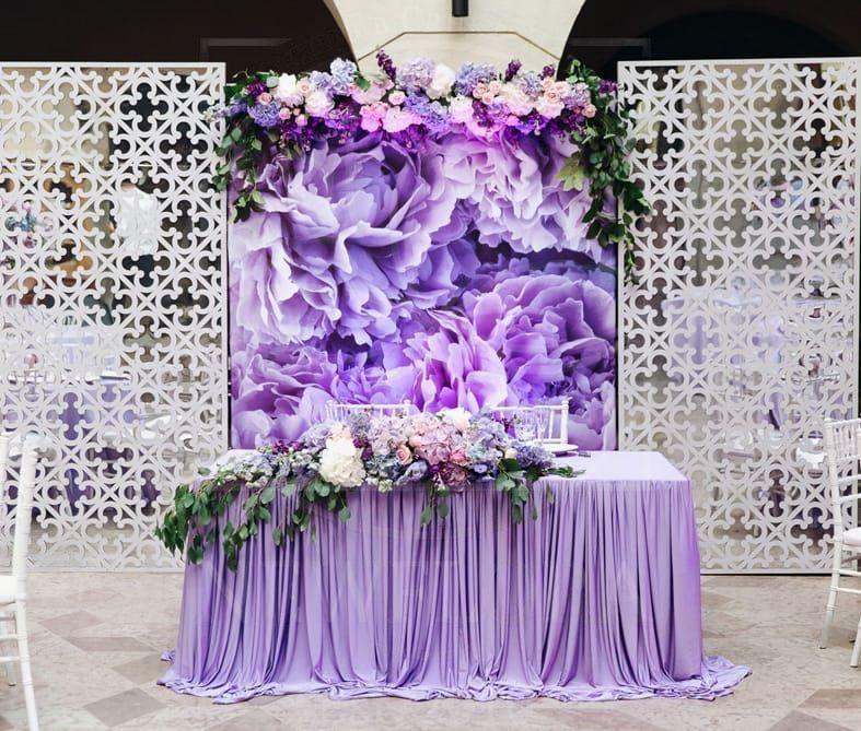 Президиум на свадьбу с гортензиями, розами и дельфиниум