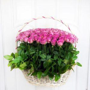 Корзина цветов 101 розовая роза (aqua)