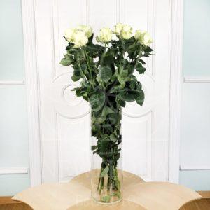 Букет 11 белых роз высотой 100см