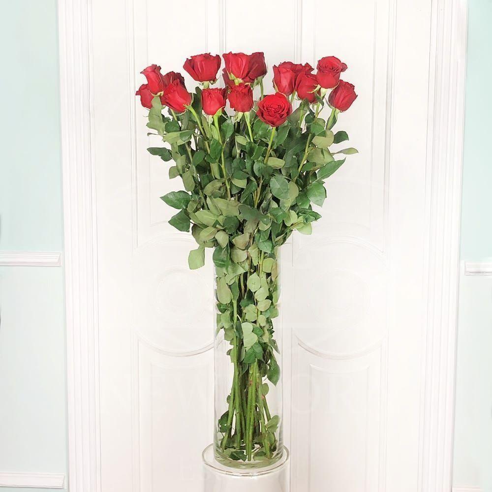 Букет 19 красных роз высотой 110см