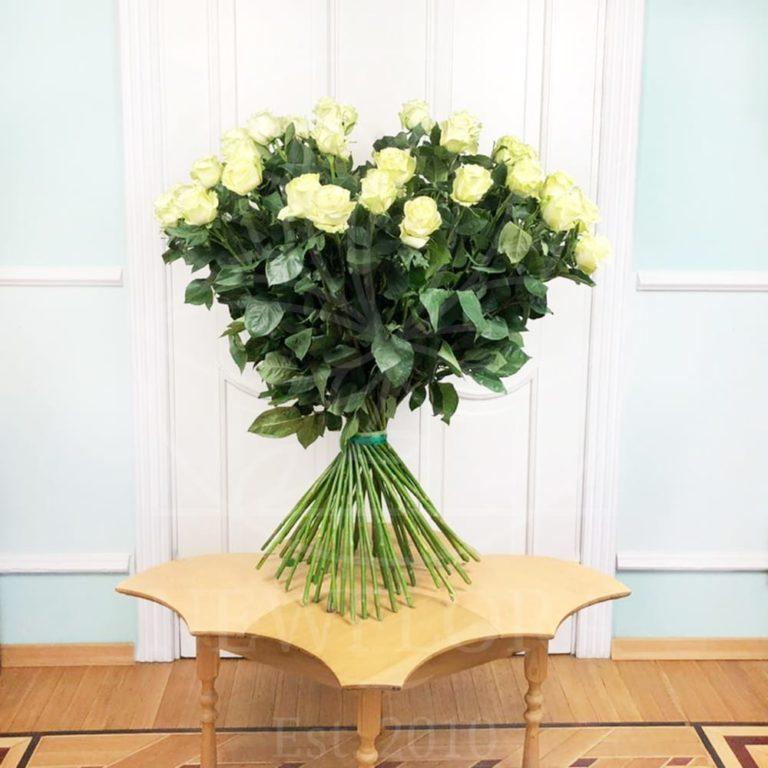 Букет 150 роз цена спб цветы