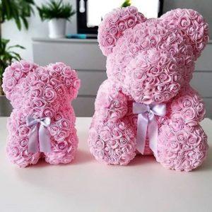 Мишка розовый из фоамирановых роз маленький 25 см (с ароматом)