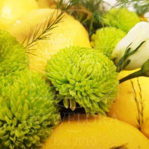 Авторская композиция с лимонами и цветами (заказчик Ginza)