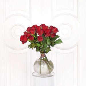 Букет 25 кенийских красных роз 50см