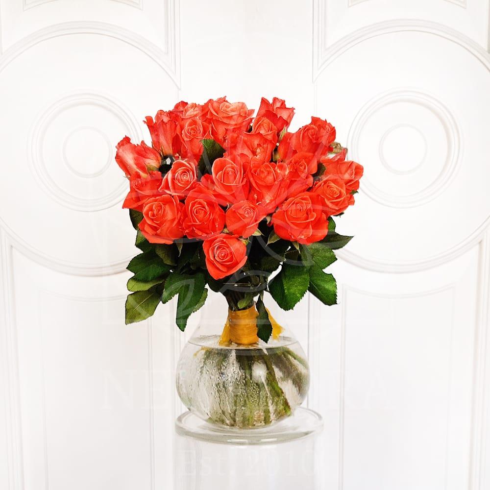 Букет 25 кенийских рыжих роз 50см