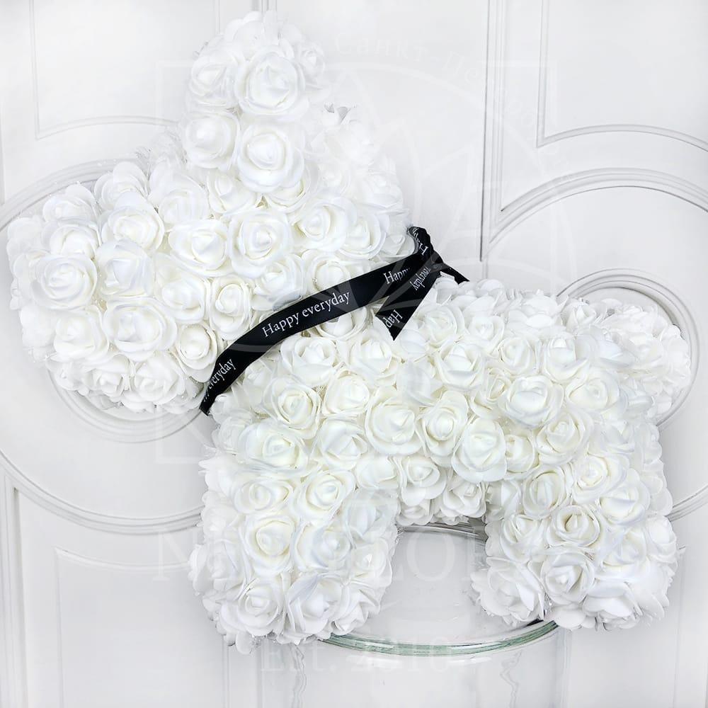 Собачка белая из фоамирановых роз 42 см (с ароматом)