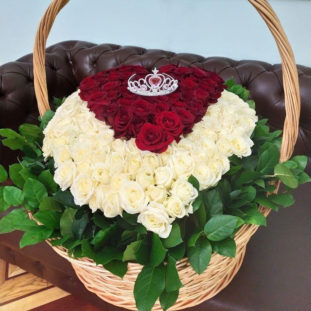 определенный корзина сердце из роз фото характерные
