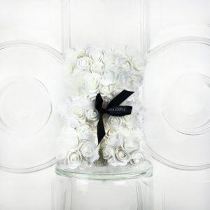 Мишка белый из фоамирановых роз маленький 25 см (с ароматом)