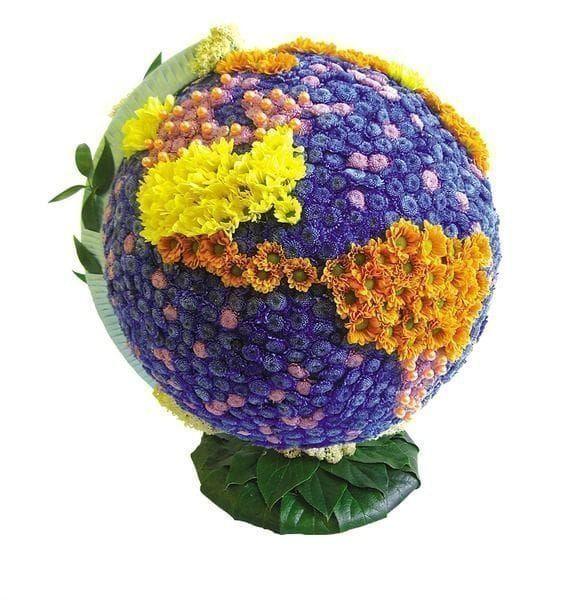 Игрушка из хризантем глобус 35×30см