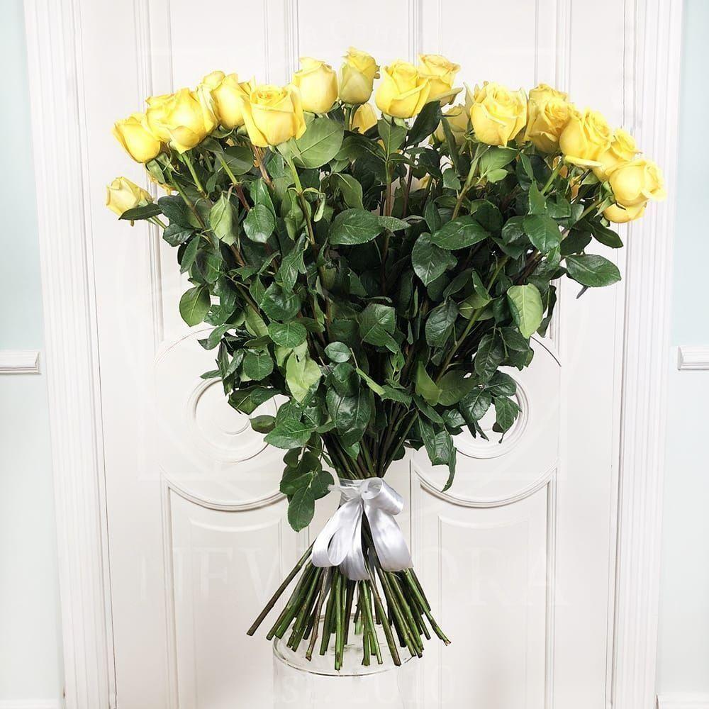Букет 25 желтых роз высотой 100см