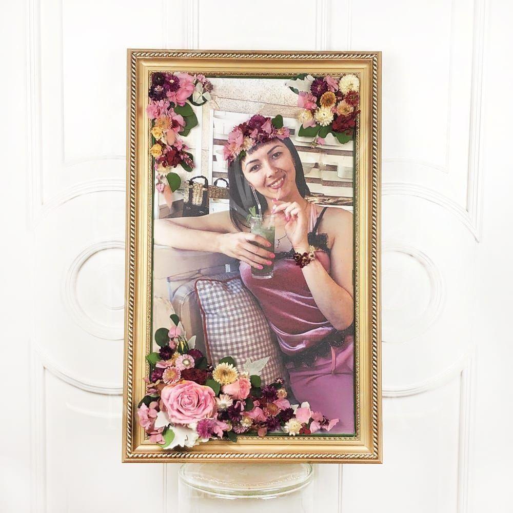 Портрет из стабилизированных цветов #4