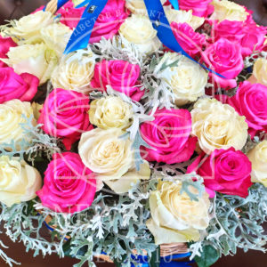Корзина 101 импортная роза и сенецио 45×80см