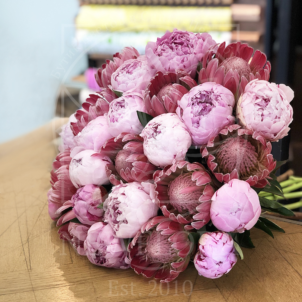Пионы букеты купить в спб, цветы подарить