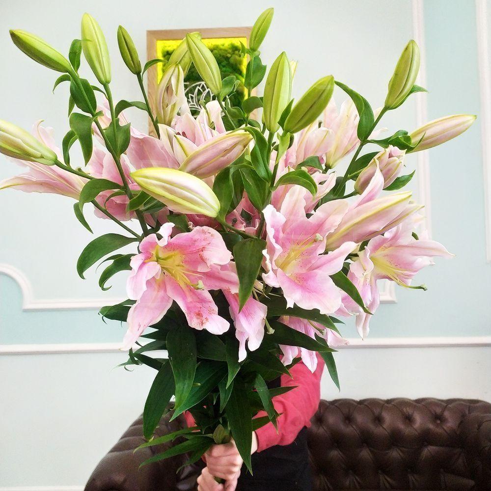 Букет 25 розовых лилий (высота 130см)