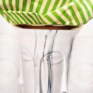 Ваза настольная «лицо» под мрамор (25×15см)