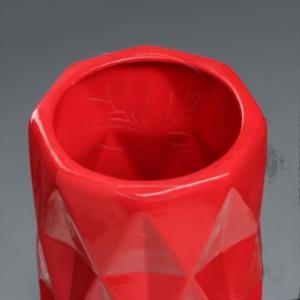 Ваза красная «ромб» высота 40см (керамика)