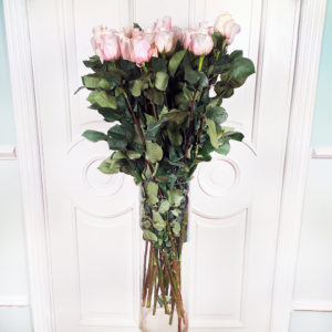 Букет 25 нежно розовых роз высотой 100см (большой бутон)